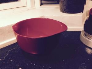 Jeg har en skål, men mangler et låg...