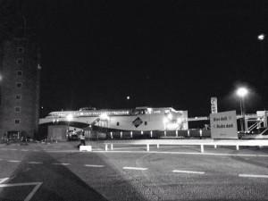 Fra færgeterminalen i Aarhus. Det er stadig mørkt, så der er ikke nogen billeder fra sejladsen...